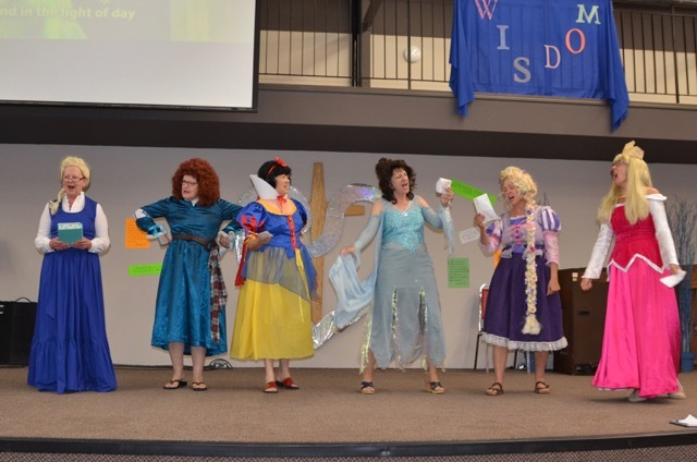 The Disney princesses graced us a song and their presence.